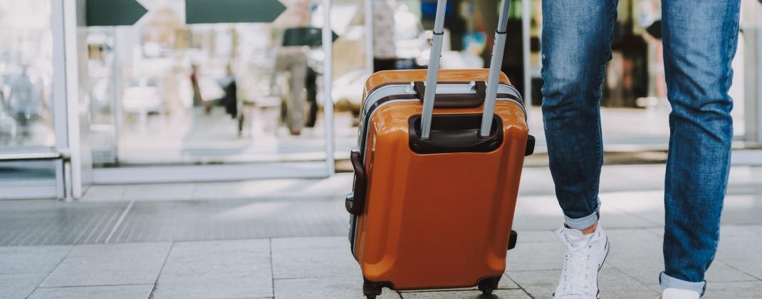 Essentiële en niet-essentiële reizen