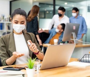 Port du masque au travail : une obligation ?